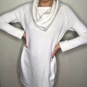 Vince Camuto White Long Sleeve Knit Sweater Dress